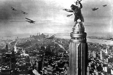 King_Kong-atop_Empire-State-Bldg_movie_classics