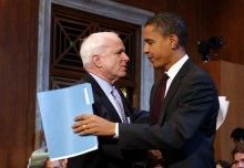 McCain_hugging_Obama